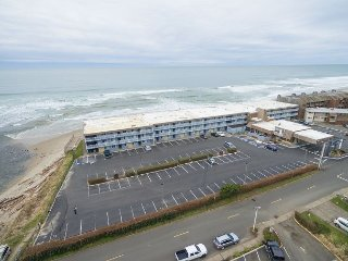 Oceanfront condo located in the heart of Lincoln City wiih a swimming pool