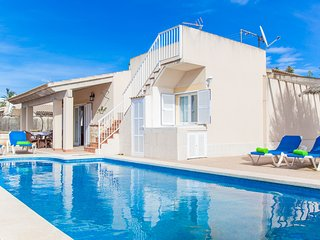 CAN CONTENT - Villa for 6 people in Platges de Muro