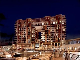 Ritz Carlton Luxurious Suite Sea View H2