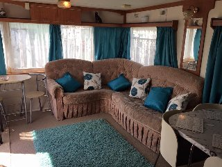 HOMELY 6 BERTH CARAVAN on Golden Palm Resort