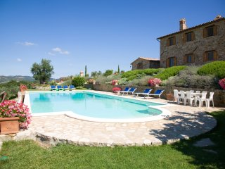 Casemascie Villa Sleeps 12 with WiFi - 5238173