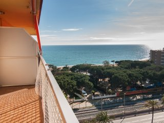 Ref. 183 - Nice apartment in 1 ª line of sea with na great terrace - HUTB-013745, Malgrat de Mar