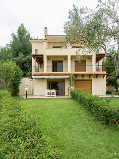 Three Storey Maisonette for relaxing Vacations