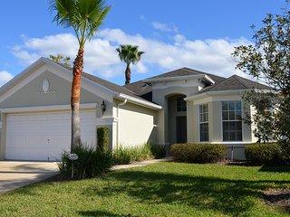 "Beautiful Orlando Villa ""Mags Den"" Calabay Parc, Davenport"