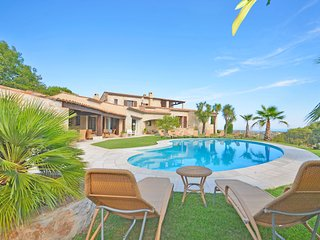 Impressive First Class Villa - sea view - tennis - saltwater pool - petanque