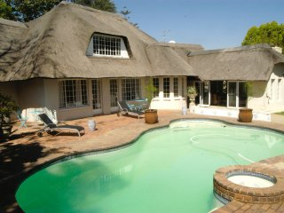 Douglas Lodge, Fourways
