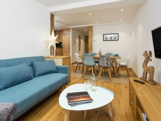 Apartment Grand Paradis B14 (sleeps 4)