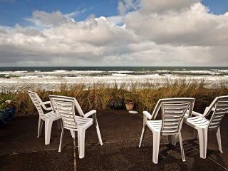 Tide Pools--Oceanfront Townhome Open 8/7-9--$50 OFF