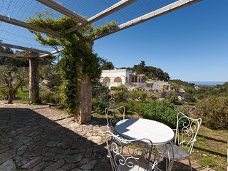 761 House with Sea View in the Heart of Ostuni