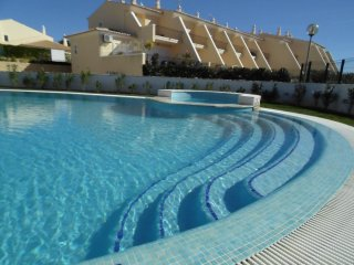 Townhouse/ 2 Bedrooms T2 - Praia Grande S. Rafael, Gale