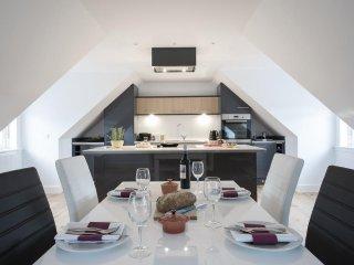 Ardconnel Court - Studio Apartment 7 - 2 Bedrooms