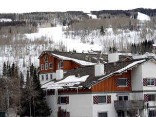 Vail Village 2-bed Condo located next to the Four Seasons and Sebastian Hotels