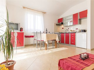 Welcome to our new cosy apartment Amela!