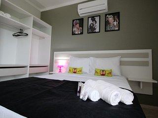 Residencial Temático Los Artistas - Apartamento Luxo