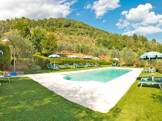 Apartments in Farmhouse with swimming pool, garden, stunning view
