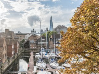 Saint Kat Docks - Tower Bridge - Dock View - 1 Bed Flat - 3rd Fl.