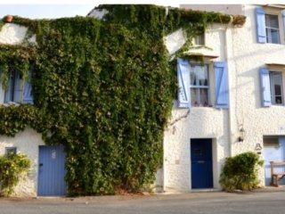 Beautiful village house, St Genies de Fontedit