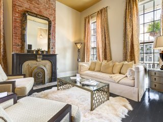 Jetsetter luxury, Magazine Street, porch, parking, 2/2, Nueva Orleans
