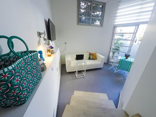 A luxury Studio - 1BR,Balcony,Parking, Dizengoff Center