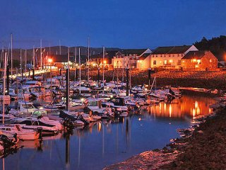 *NEW* 8 Conwy Marina Views