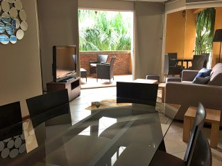 Amazing 2 bedrooms 2 bathrooms condo close to the beach (Pen46)