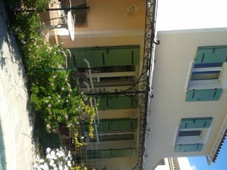 CN1092015 - Jolie maison avec piscine au Cannet
