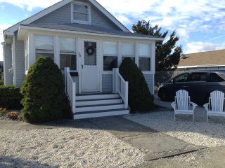 Ocean Block- Single Family Home 2+ Bedrooms, Surf City