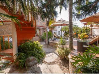 Come enjoy sun and sand in a private mexican villa, Bucerias