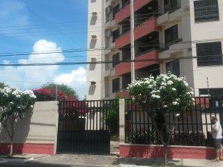 Apartamento no Bairro Atalaia Velho a 700 metros da orla