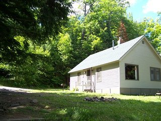 Oak Ridge Cottage Unit 1 ~ RA137072
