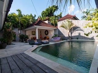 Budget! 3Bedroom Pool Villa BK - Seminyak