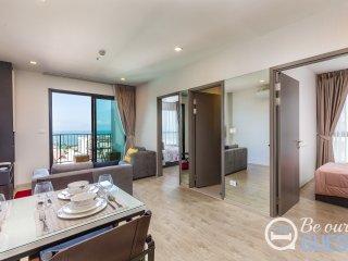 Pattaya short term rental - The Base 88/241 - 2 bed, unblocked sea views