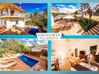 Villa Alta Maçanet in the hills of Girona, only 13km from the beaches of Costa, Macanet de la Selva