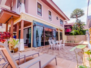 Beautiful 3 bedrooms pool villa with nice garden in Patong