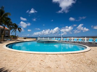 Seascape Port Bonaire A301 - Oceanfront and marina view apartment