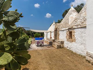 426 Trullo in the Country of Ceglie Messapica