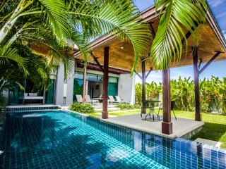 Modern Villa Phoenix at Onyx Estate near Nai Harn Beach huge pool