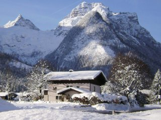 Austrian Chalet In Winter Ski And Summer White Water Town, Lofer