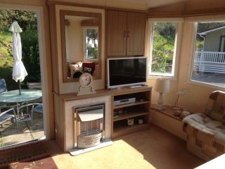 New Forest coast 3 bedroom mobile holiday home, Milford on Sea, Hampshire