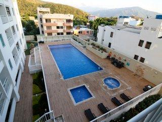 Rodadero con balcon y piscina 501R