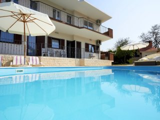 Villa with pool for rent, Split city