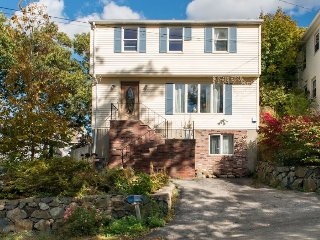 Sweet studio 15 minutes from Bos.Logan Airport. 10 miles to downtown crossing.