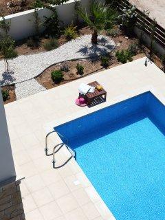 Golden villa 8. Luxury 3 bedroom beach villa with private pool.