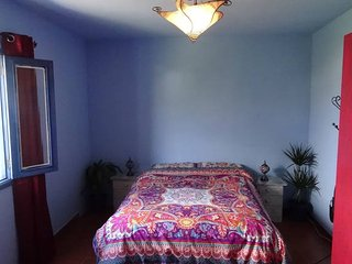 Double room in a Maroccan, ethnic style house., Teror