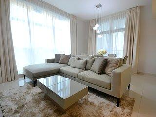 Luxury Spacious Family Living Downtown, Dubai