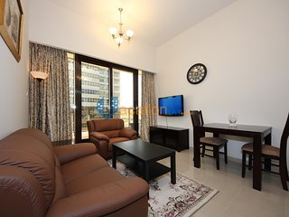 Economic beautiful 1BR in Sports City with Big pool , free gym, WiFi, Sauna