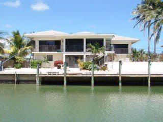 Charming home with pool and canal in Key Colony Beach!