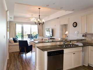 The Wharf! 5 STAR Luxury Family Condo! Featured on HGTV! Book NOW!