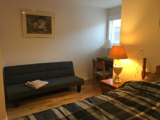A brand new, cosy and comfortable room in a nice neighborhood., Surrey