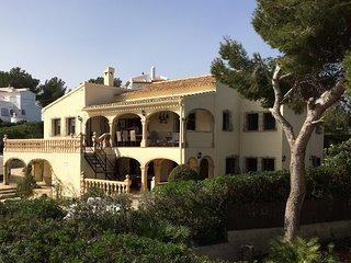 Superb 3 (or 5*) bedroom sea view villa near Granadella beach with private pool, Javea